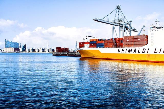 statki dostawcze